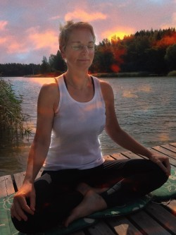 Frøken Yoga
