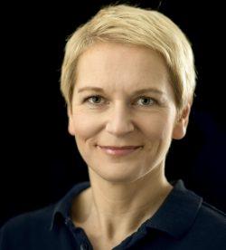 Jenny Lindholm - yogainstruktör
